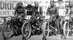 Board track and motordrome racing on motorcycles